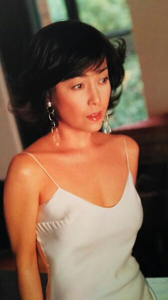 柏原芳恵さんの画像その1