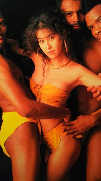 岡本夏生・西田ひかる…【FLASH】1991年ページ切り取り