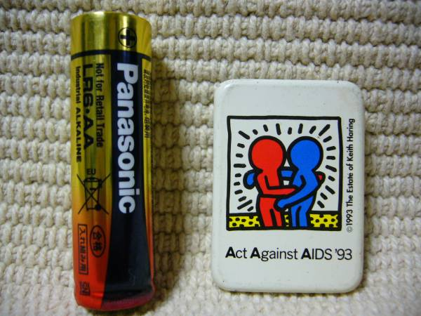 Act Against AIDS '93 缶バッチ