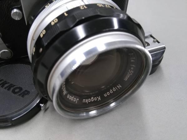 ★Nikon F 50mm F1.4 純正ケース 中古カメラ★_画像2