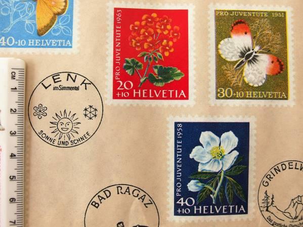 スイス製 ヴィンテージ&レトロ ワックスペーパー,包装紙 (スイスの切手)_環境によって商品写真の色が異なる場合あり