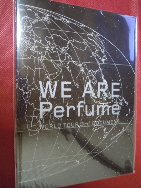 Perfume★パンフレット/WE ARE Perfume WORLD TOUR 3rd DOCUMENT