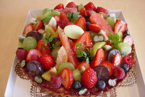フルーツタルト 台 21㎝ 自宅で楽しく飾付 xmas 誕生日 記念日_こんな感じはいかが