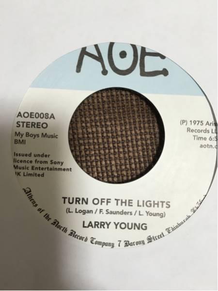 【極美品】Larry Young / Turn Off the Lights 7inch 名曲_画像1