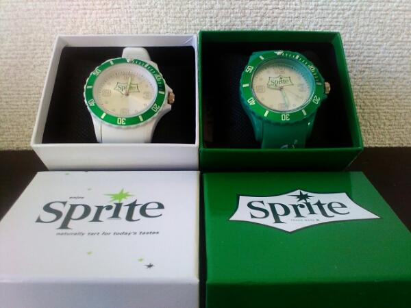 未使用♪スプライトSPRITE☆グリーンxホワイト♪腕時計_画像1