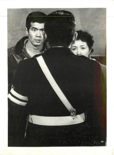 p30011成瀬巳喜男高峰秀子小沢栄太郎『ひき逃げ』スチル_画像1