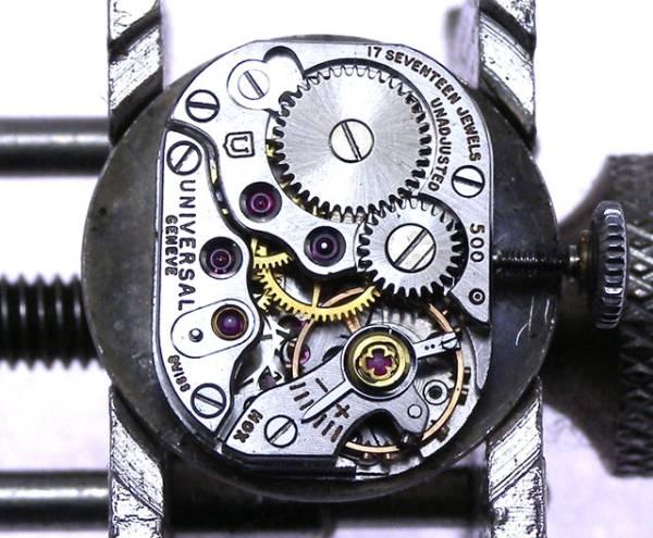 特価!ヴィンテージ1970年代製UNIVERSAL GENEVEユニバーサル ジュネーヴ手巻きレディスウォッチ_画像3