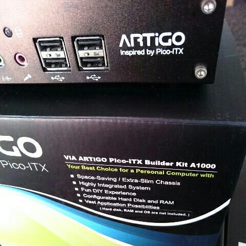 VIA ARTiGO  A1000  EPIA  Pico-ITX  ベアボーン  C7  1GHz _画像2