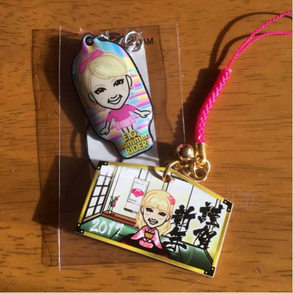 E-girls、Amiちゃん2点