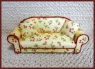 ★【手作り】ブライス♪ドール用ソファー【可愛い苺柄黄色】クッション2個付