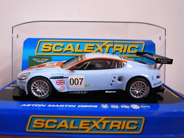 1/32 Scalextric ASTON MARTIN DBR9 GULF #007