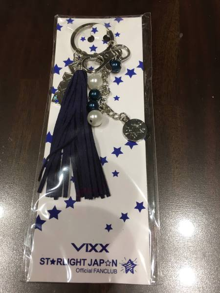 VIXX 日本ファンクラブ公式グッズ★バッグチャーム+おまけ3点 ライブグッズの画像