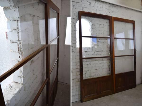 古い背の高いガラス戸2枚 アンティーク建具ドア引き戸