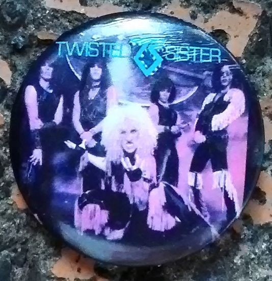 トゥイステッド・シスター Twisted Sister ディー・スナイダー 1980年代 80's ビンテージ缶バッジ 3.2cm