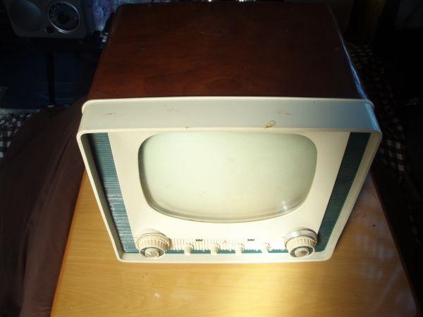真空管テレビ 三菱電機 14T-450  昭和レトロ ジャンク品