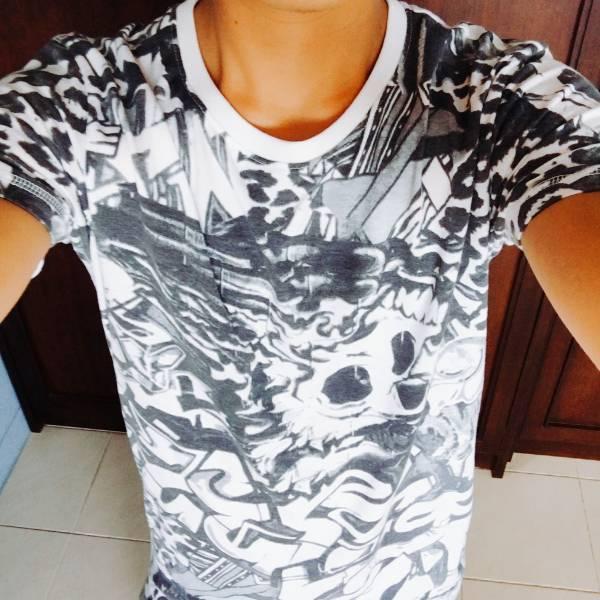 【再販】ロック&スカルの大人気Tシャツ