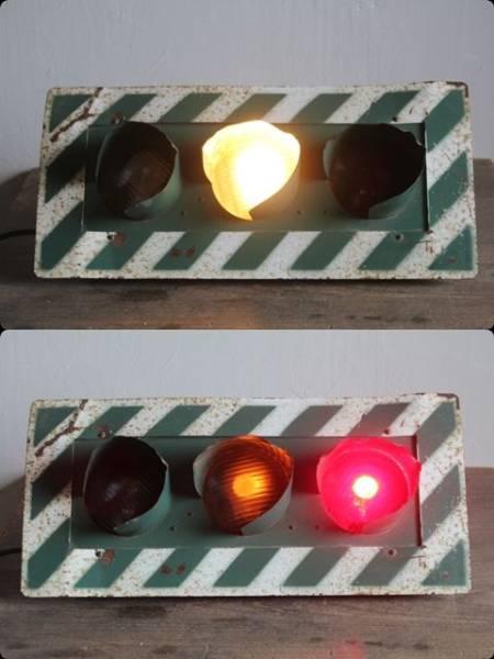 レア 3灯式信号機◆珍品/ヴィンテージ/ライト/看板/工業系_画像2
