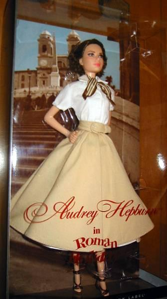バービーコレクター バービー オードリー・ヘップバーン 「ローマの休日」 ドール Pink (X8260(輸入品_画像4
