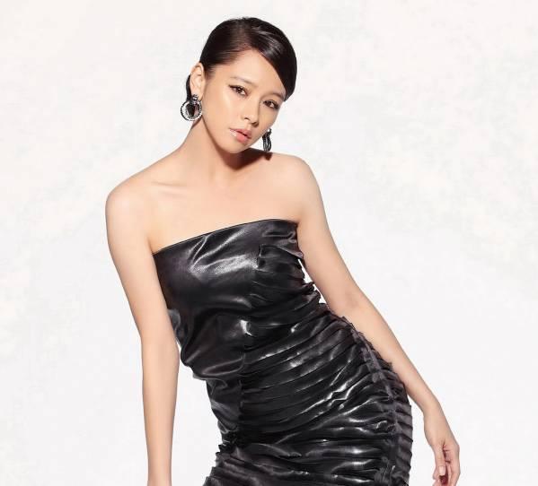 新品 台湾美人 ビビアン・スー 応援写真マウスパッド グッズの画像