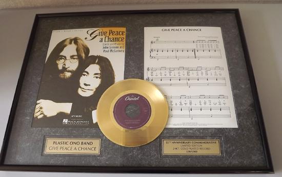 希少 John Lennon /ジョン・レノン 世界5千枚限定 'Give Peace A Chance' ゴールド・ディスク 24KT_画像1
