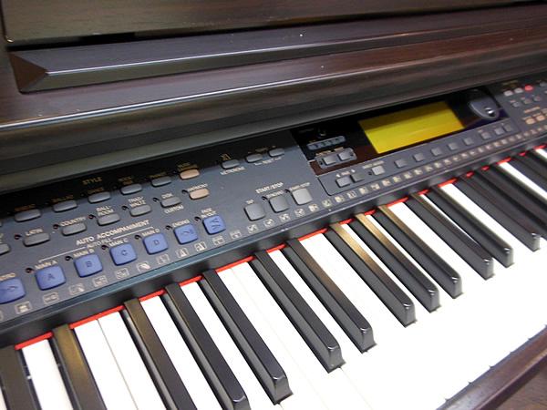 ヤマハ 電子ピアノ クラビノーバ CVP-103 中古品 相模原_画像2