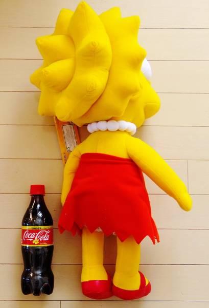 特価!ザ・シンプソンズ 25周年記念 高さ約60cm 巨大なトーキング・ぬいぐるみ リサ・シンプソン The Simpsons Common Wealth社製_大きいでしょ?