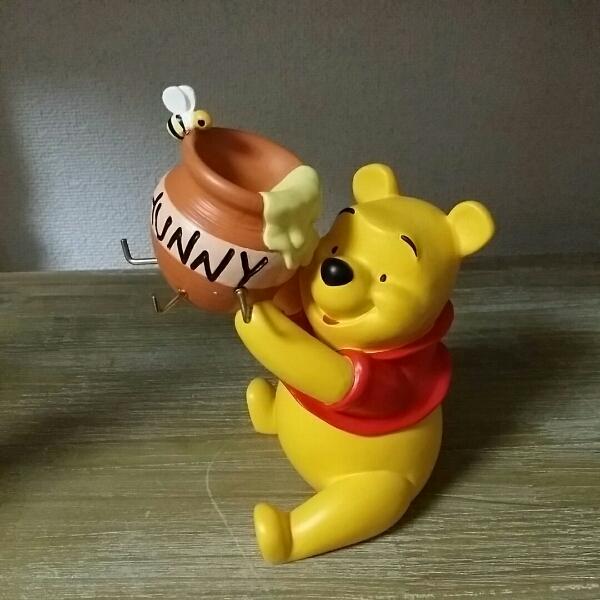 未使用くまのプーさんキーフックの置物ディズニー ハチミツ 蜂