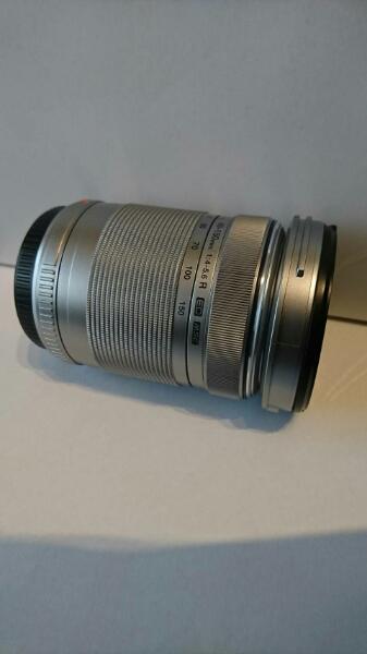 オリンパス PEN Lite E-PL6 純正品 M.ZUIKO DIGITAL ED 40-150mm 1:4-5.6 R 綺麗な商品