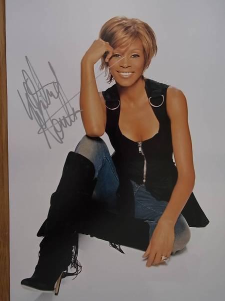 ホイットニー・ヒューストン Whitney Houston 直筆サイン入り写真  証明書付