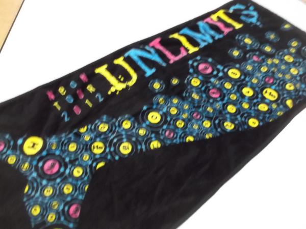 ▼ UNLIMITS ★ アンリミッツ 2012ツアー【 タオル 】
