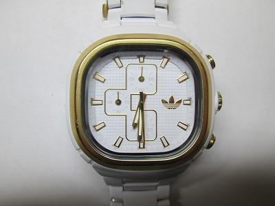 アディダス ADH2583 白 クロノグラフ メンズ 腕時計 動品 良品