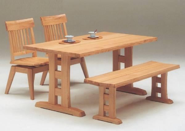 〇送料無料!北欧風テイスト!天然杢タモ材をふんだんに使った重厚感と温もりあるベンチ対応のテーブルとチェアの4人掛セット
