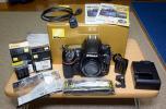 【未使用】 Nikon D810 ボディ (予備バッテリー2個他おまけアクセサリー多数付属)