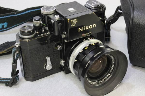 k-572 Nikon  F 一眼レフカメラ レンズなど付属品多数 ブラックボディ アンティーク _画像2