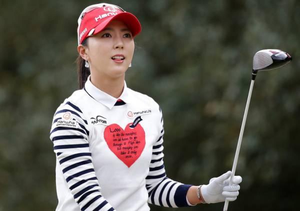 ユン・チェヨン 2L判写真1枚 女子ゴルフ ⑧