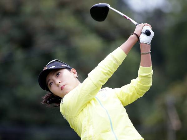 ユン・チェヨン 2L判写真1枚 女子ゴルフ ⑨