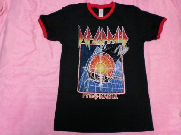 DEF LEPPARD デフ レパード Tシャツ S バンドT ロックT NWOBHM Saxon Iron Maiden Whitesnake