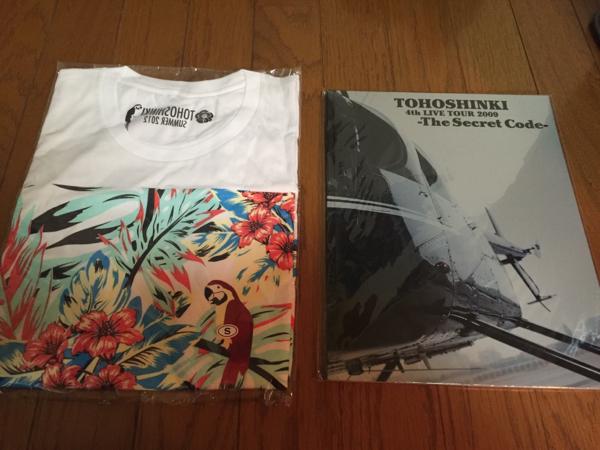 【美品】東方神起 Tシャツ パンフレット セット ユチョン ライブグッズの画像