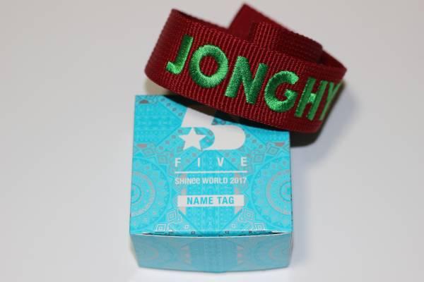 SHINee WORLD 2017 FIVE ネームタグ ジョンヒョン JONGHYUN 新品
