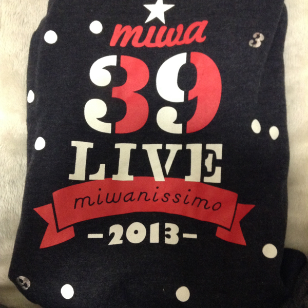 miwa 39ライブ パーカー【1100着限定生産】 ライブグッズの画像