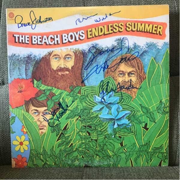 The Beach Boysザ・ビーチ・ボーイズ直筆サイン入りレコードBruce Johnston, Brian Wilson, Mike Love, Al Jardine, David Marks