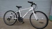 1円スタート最低落札なし。車両重量約18kg 26インチ アルミフレーム電動アシストクロスバイク ホワイト