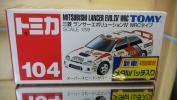 絶版・TOMY 新車 初回限定 メタルバッチ入りNo 104 三菱 ランサーエボリューションⅣ WRCタイプ