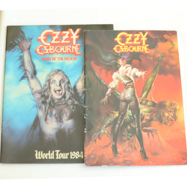 送料込 オジー・オズボーン OZZY OSBOURNE 1984 1986 ワールドツアーパンフレット 2冊SET