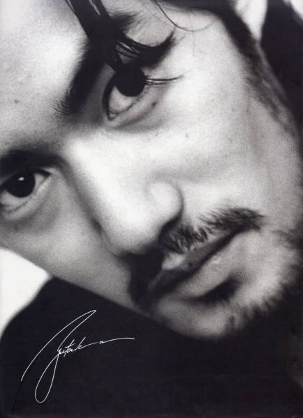 写真集『YUTAKA Takenouchi/竹野内豊』撮影:Nicci Keller