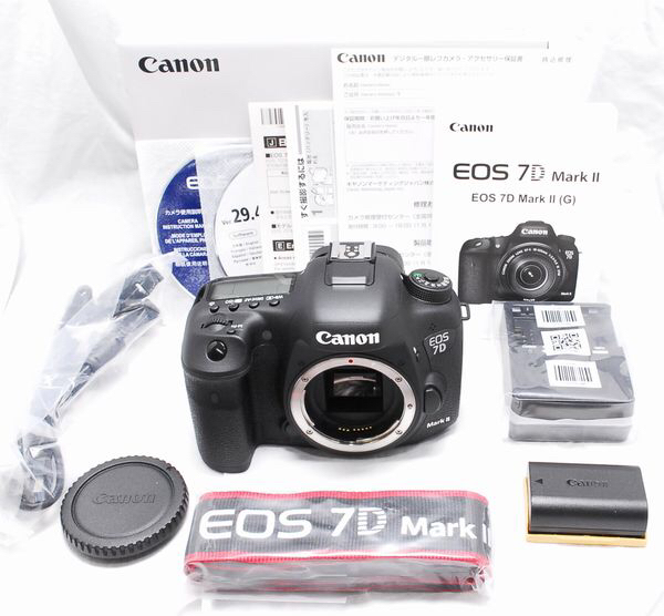 CANON EOS 7D Mark II ボディ 新品級の超美品 保証書 付属品完備
