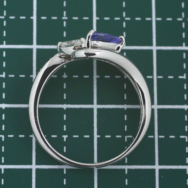 【早い者勝ち卸特価】【新品即決】PT900タンザナイト0.5ct ダイヤモンド0.18ctリング トリリアントカットがエレガント プラチナ指輪 CT007_画像3