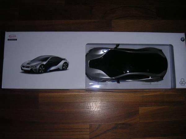 ラスターラジコン 、BMW i8 1/24スケール_画像1