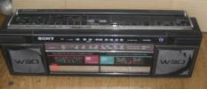 ソニーのダブルラジカセ『CFS-W30』  (Zu21)