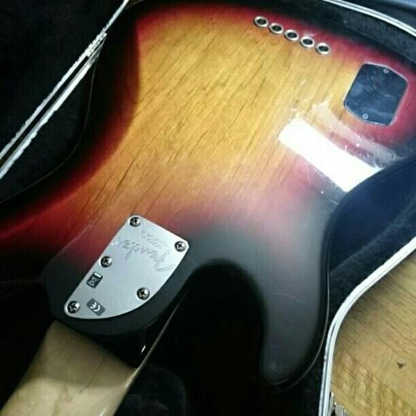 Fender American Deluxe 5弦 ジャズベース アメデラ